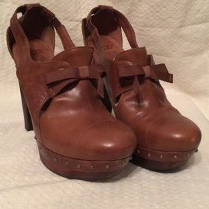 UGG Celestina high heel clogs in caramel